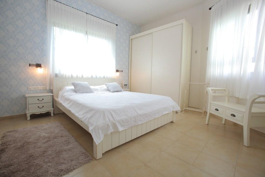 חדר השינה של אילה וניר