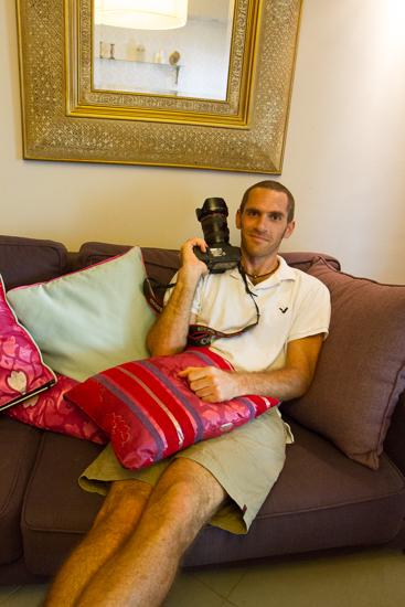 אודי גורן הידוע בכינויו א.ג עם המצלמה בהיכון