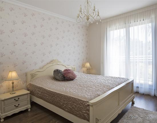 החדר אחרי