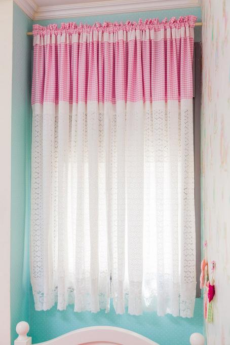 וילונות מעוצבים בחדר בנות