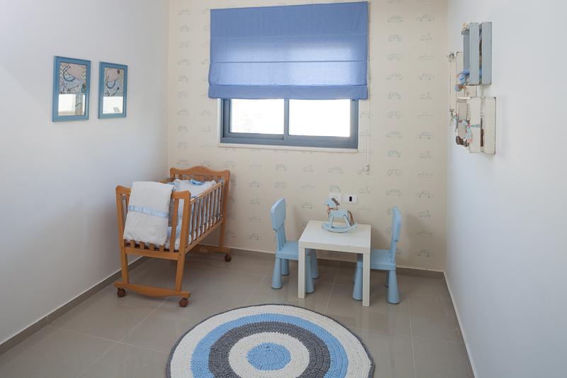 עיצוב החדר של התינוק עמית