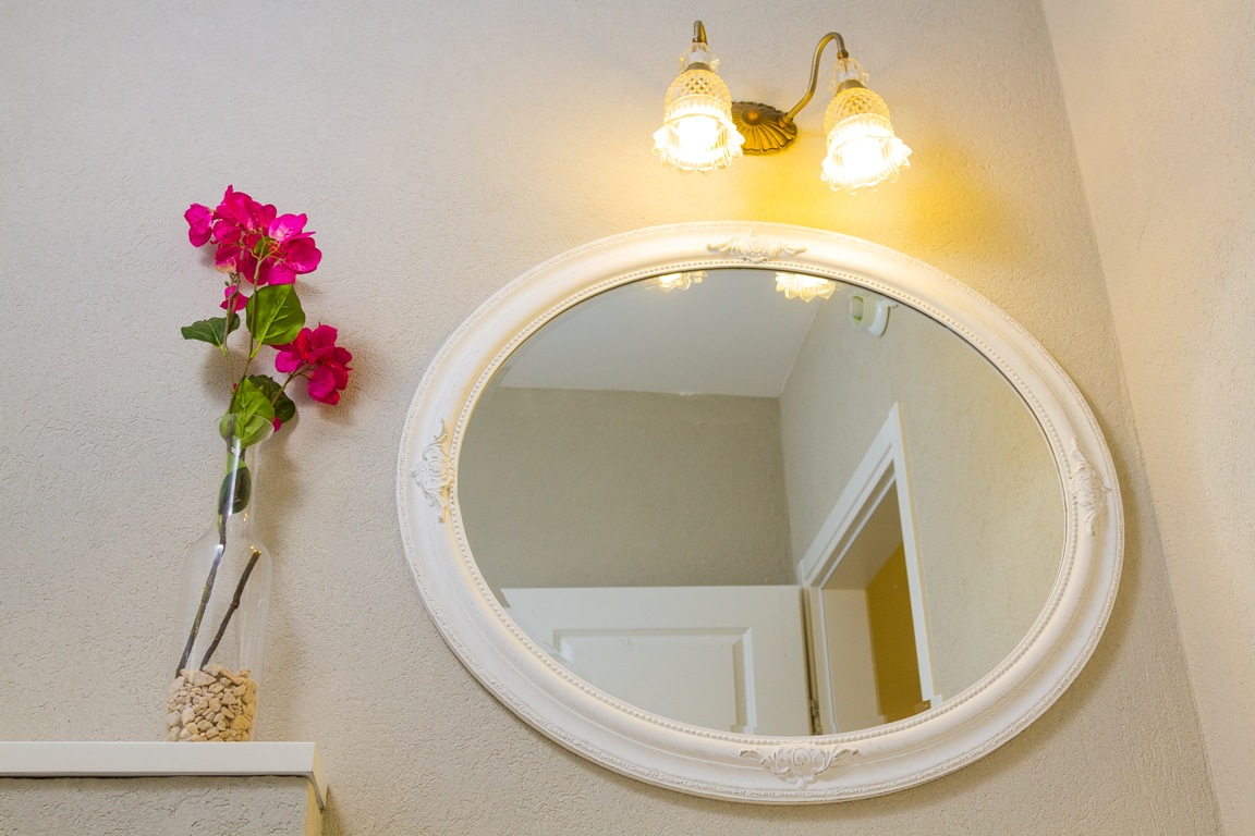 תאורה לאמבטיה