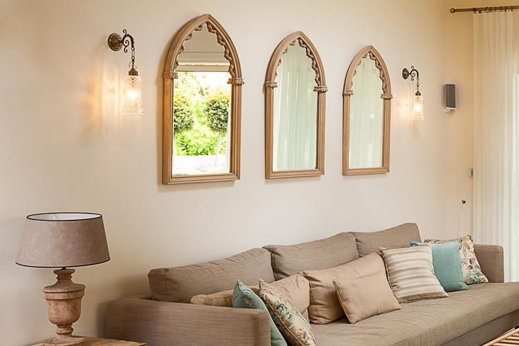 ספה סלון מנורות קיר עיצוב סלון