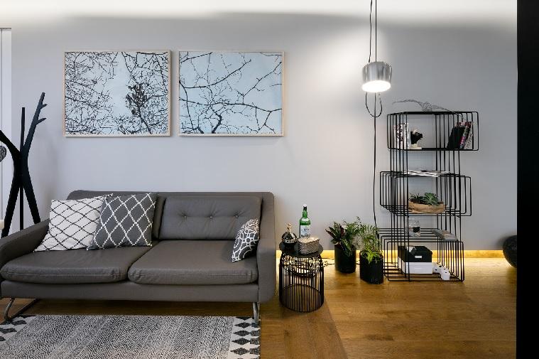 גלריה לבחירת אמנות לסלון