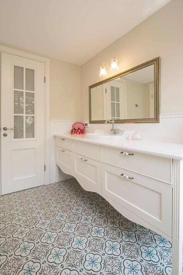 עיצוב חדר אמבטיה בסגנון כפרי