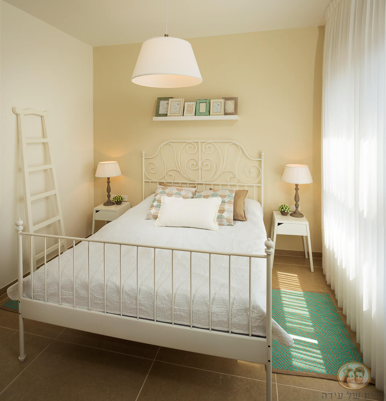 חדר שינה ריהוט של איקאה