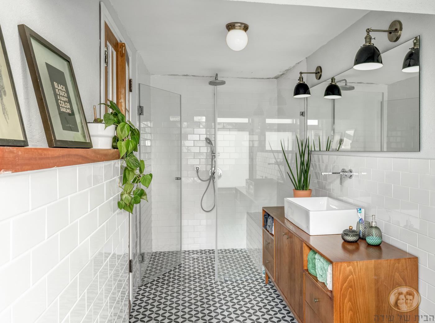 ארון אמבטיה בסגנון אורבני