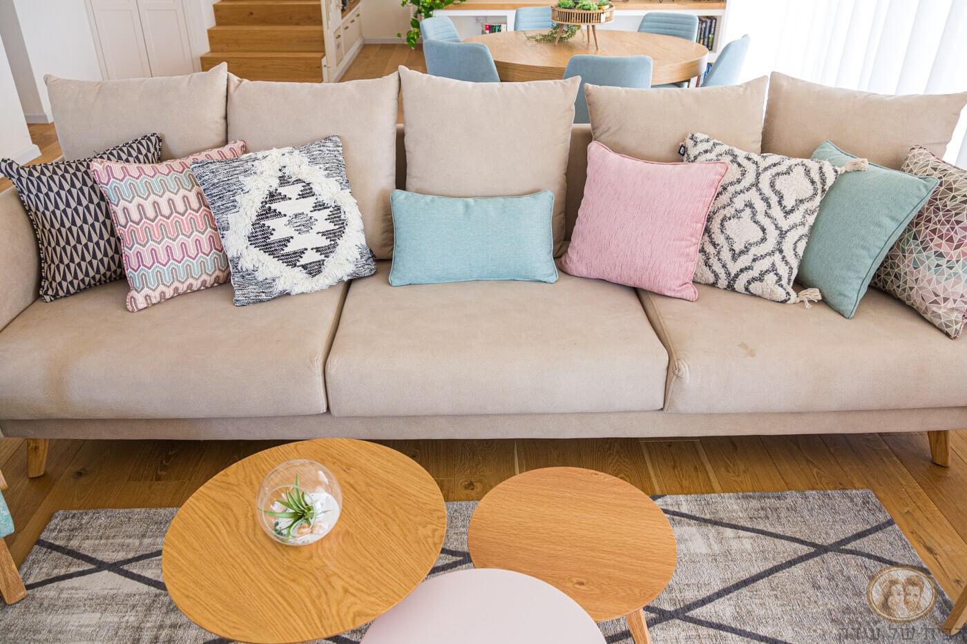 ספה עם כריות