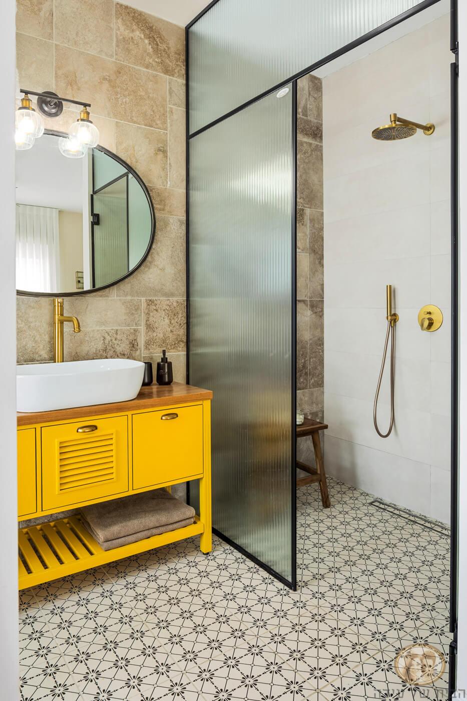 עיצוב אמבטיית הורים